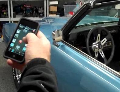 Pontiac GTO 69' contrôlée par un ipod touch
