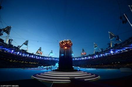 La flamme Olympique à la fermeture des JO de Londres