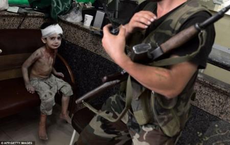 Un garçon blessé en Syrie