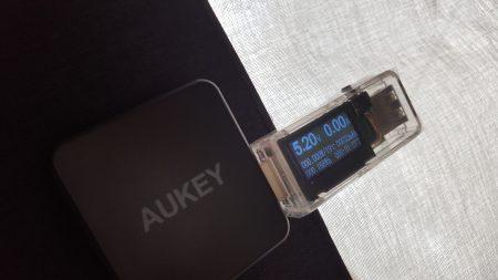 Chargeur solaire Aukeu tension USB